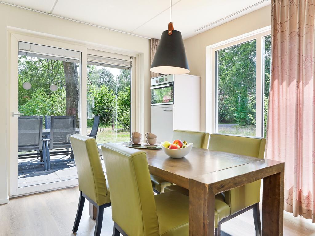 Ferienhaus Luxus 6-Personen-Ferienhaus im Ferienpark Landal Landgoed 't Loo - In waldreicher Umgebung (772024), 't Loo Oldebroek, Veluwe, Gelderland, Niederlande, Bild 4