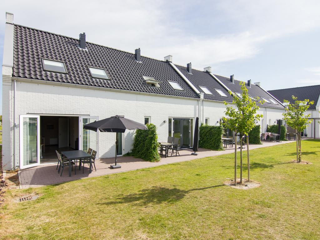 Komfort 4 Personen Bauernhauswohnung im Ferienpark Landal Strand Resort Nieuwvliet Bad