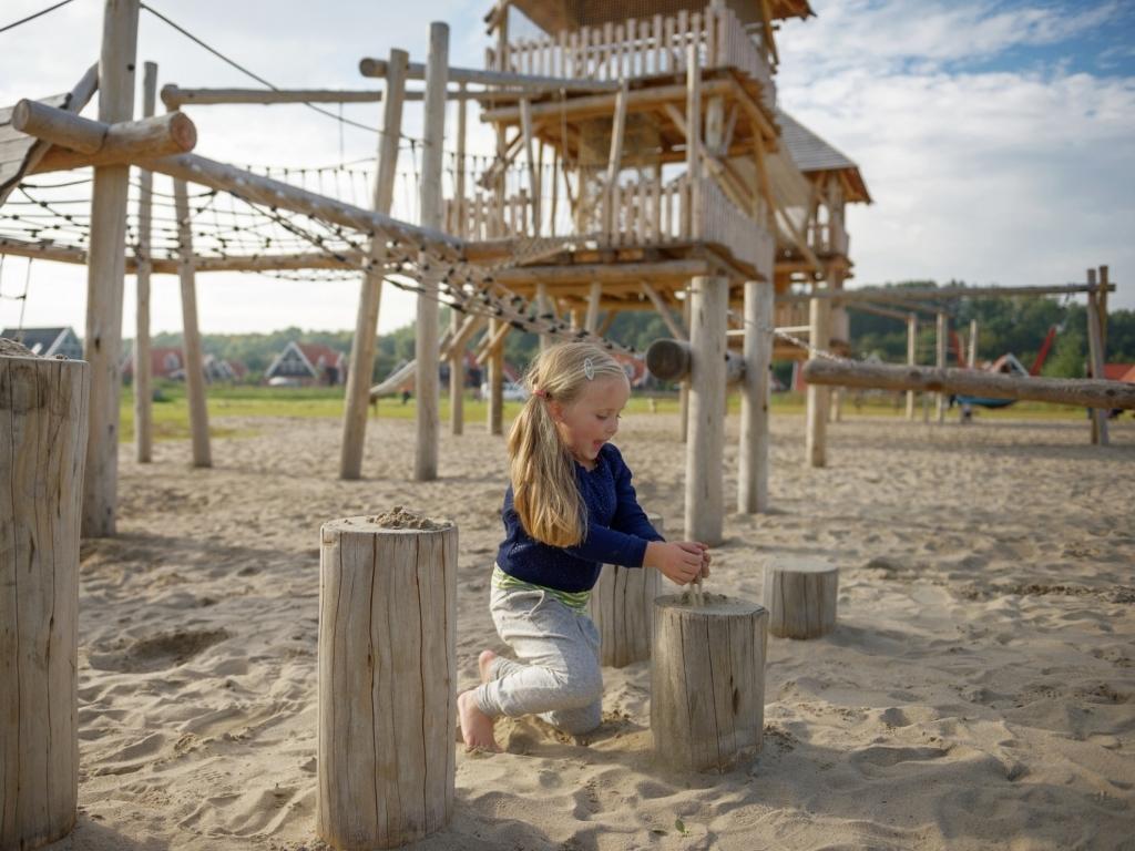 Ferienhaus Komfort 16-Personen-Villa im Ferienpark Landal Waterparc Veluwemeer - am Wasser/Freizeitse (408312), Biddinghuizen, , Flevoland, Niederlande, Bild 32