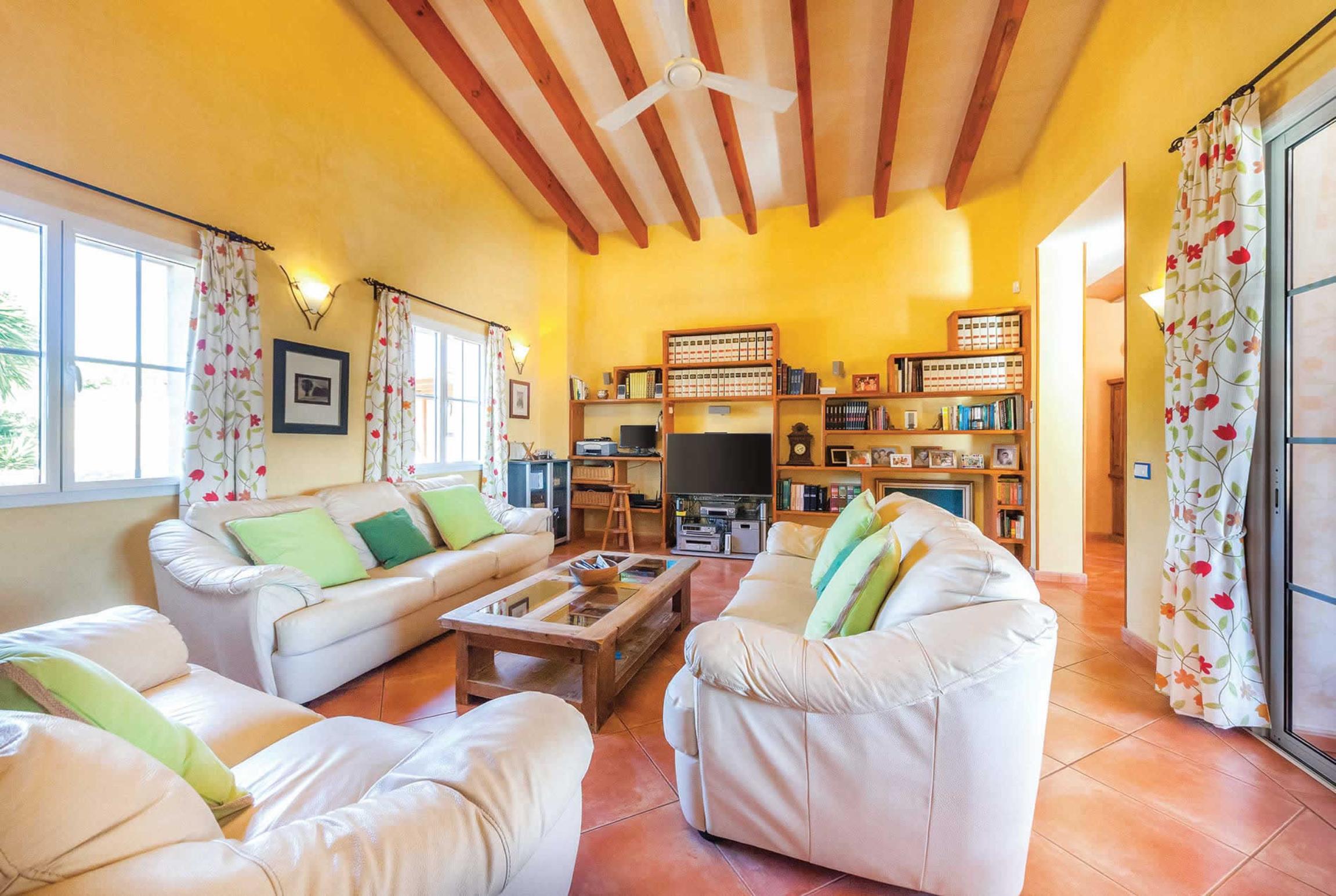 Ferienhaus Villa Estrellita (2649653), Punta Prima, Menorca, Balearische Inseln, Spanien, Bild 2